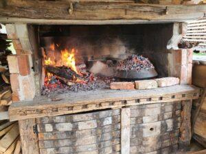 Glavno kurišče za peko - Fireplace