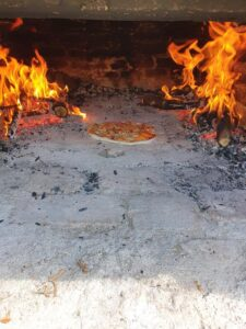 Kamin za pice - Pizza fireplace